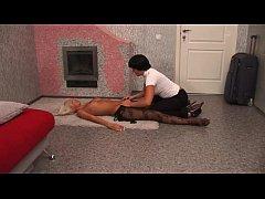 Врач трахает пациентку на кушетке смотреть онлайн на